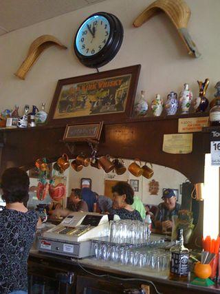 Bar&highLie