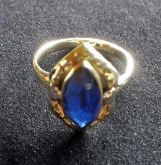 Mom's BLUE sapphire